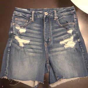 American Eagle Destructive Curvy Hi-Rise Shorts